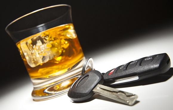 Алкоголь и вождение - вещи несовместимые