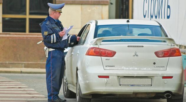 Что имеет права инспектор предъявить водителю