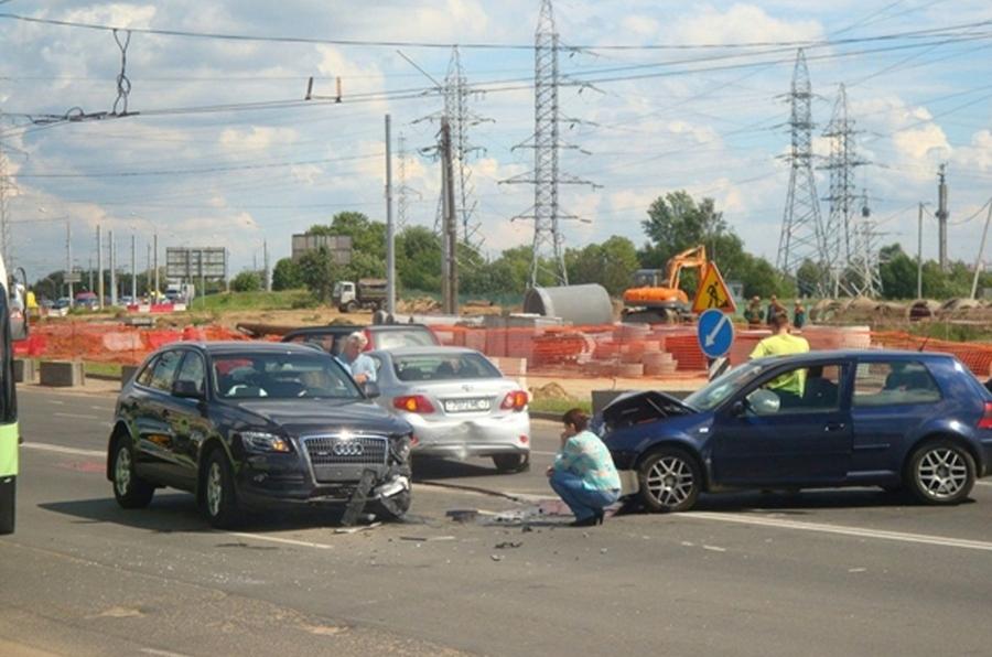 После ДТП трассологи восстанавливают причины аварии