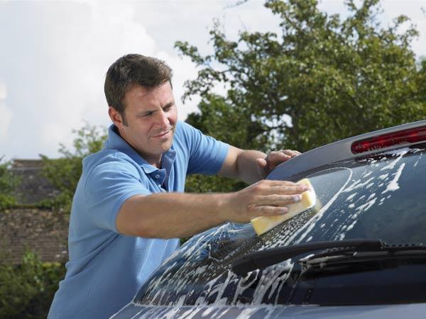 Где можно мыть машину