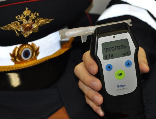 Норма алкоголя, допустимая в крови для водителя, составляет 0,16 промилле.