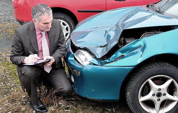 Как получить страховку после ДТП — срок обращения в страховую компанию после аварии