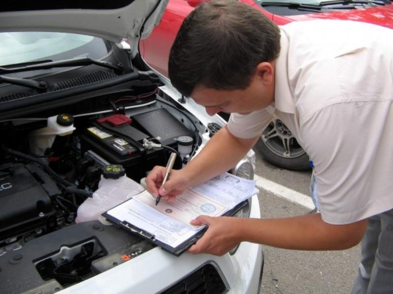 Преимущества постановки авто на учёт в автосалоне