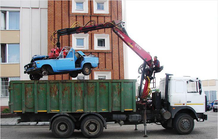 Программа утилизации старых автомобилей работает в РФ.