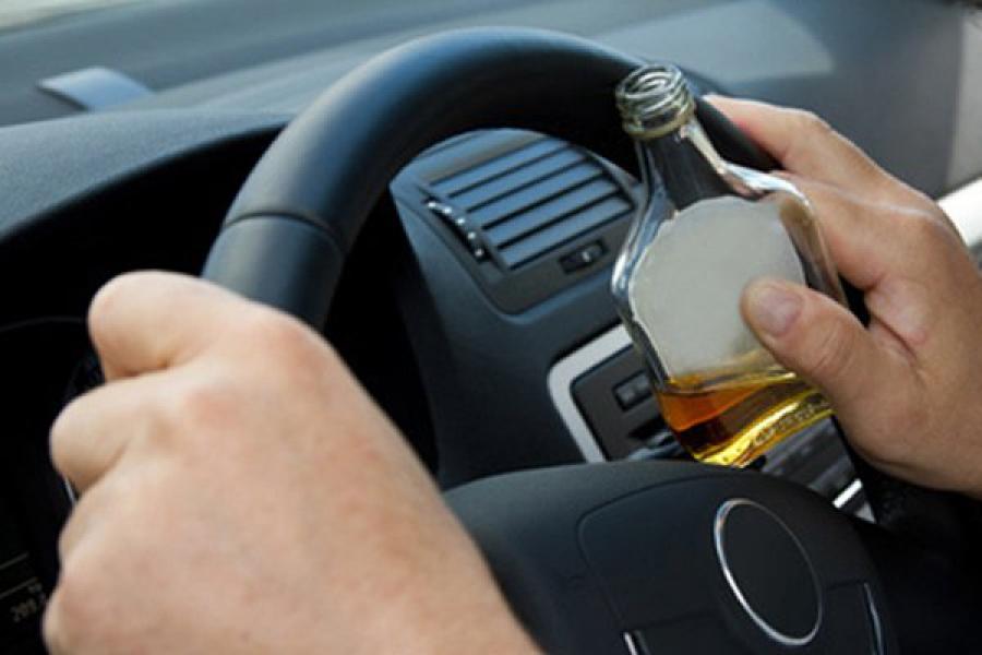 Часто пьяные водители становятся причиной ДТП.