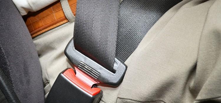 Какую сумму составляет штраф за езду с не пристегнутым ремнем безопасности